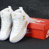 Женские кроссовки Nike Air Jordan 12 Retro. White Gold.