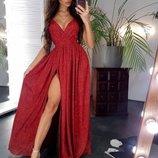 Сияющее женское платье длинное вечернее