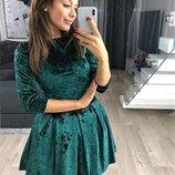 Женское платье мини из бархата