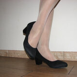 Женские замшевые черные туфли широкий каблук большого размера 41 42 43