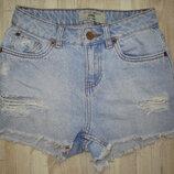 Рваные джинсовые шорты new look