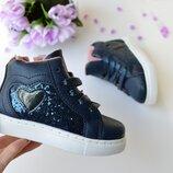 Стильные ботиночки для модниц.