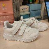Кроссовки белые, для девочек р 26-36. Не дорого. В наличии.