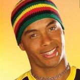 Вязаная шапка растаманка