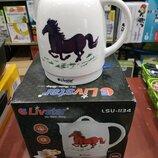 Чайник керамический Livstar LSU-1134 с лошадкой на 1.8 л, 1500 Ватт, рисунок меняет цвет