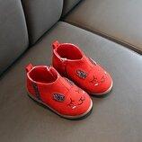 Красивые нежные ботиночки