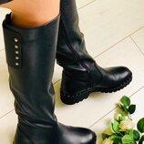 Женские зимние кожаные сапоги черные 5631е