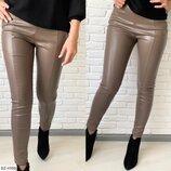 Модные кожаные брюки с карманами