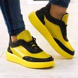 Женские натуральные кожаные желтые черные кеды,кроссовки на шнурках на черной,белой,желтой подошве