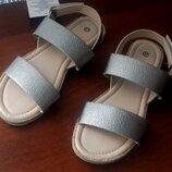 Женские новые босоножки / сандалии 37 размер. Новые, с бирками. Состав кожзам подошва термоплас