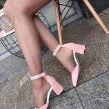 Женские пудра розовые натуральные кожаные замшевые туфли босоножки с ремешком средний каблук 6 см