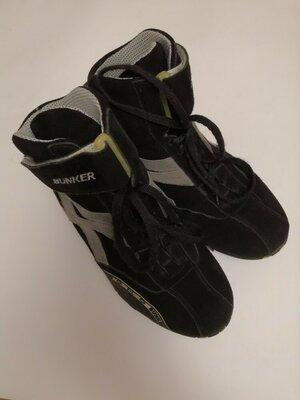 Стильные ботинки бренда Bunker, размер 38
