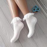 Белые демисезонные носки с рюшами
