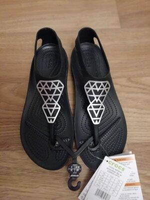 Босоножки сандали крокс серена Crocs Serena Embellished Flip оригинал