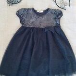 H&M. Серебряное платье. Верх - расшит серебряными паетками- блестка. Шикарно переливается. Низ мног
