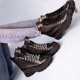 Женские ботинки, деми, 2 пары шнурков