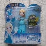 Маленькая кукла Disney Frozen Little Kingdom Эльза и Гранд Пабби Hasbro B7467