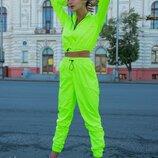 Модный костюм в неоновых расцветках Вк230
