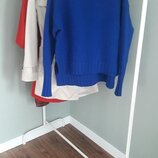 Стильний светр в трендовому кольорі