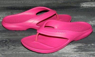 Crocs оригинальные босоножки-вьетнамки для пляжа или басейна