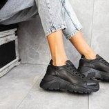 Женские кроссовки кожаные весна/осень черные