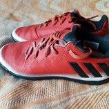 Кроссовки фирменные Adidas на размер 30-18.5см.
