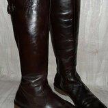 Тёмно коричневые кожаные деми сапоги на низком ходу р.39
