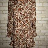 стильное платье туника р-р 14 сост нового H&M