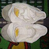 Белые балетки чешки. Плотная ткань кожа Танцы, детский сад Очень удобные чешки балетки Ножка н