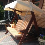Садовые качели, выдерживают 400 кг. Ширина сидения 180 см., глубина 60см, высота спинки 60 см. Общие