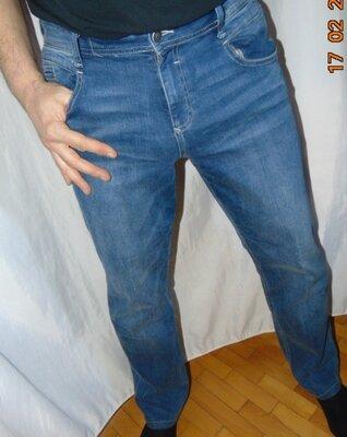 Стильние фирменние стрейчевие брендовие джинси брюки s.Olivers.унисекс .л.