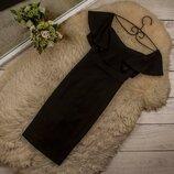 Очень красивое платье с оборкой на плечиках от New Look рр 10 наш 44