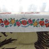 Вышитая дорожка - полотенце ручной работы, старинная картина