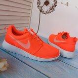 Новые кроссовки Nike Roshe. разм.38-39. Оригинал