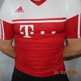 Спортивная фирменная футболка Adidas Адидас .с- m