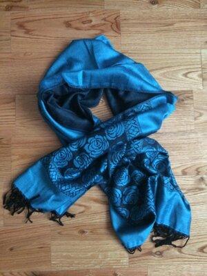 Яркий новый шарф платок отличный подарок подруге