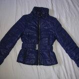 Куртка H&M Швеция размер S-M Куртка на утеплителе,..Непромокаемая, ветрозащитная, водонепронецаемая,