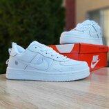 Кроссовки женские Nike Air Force белые