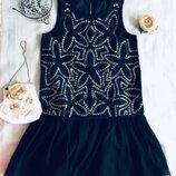 GEORGE. Нежное платье расшито серебряными пайетками. Состояние нового На подкладочке.