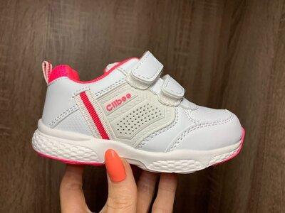 Хитовые кроссы для малышек