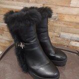Ботинки чёрные зимние натуральный мех размер 38 обмен