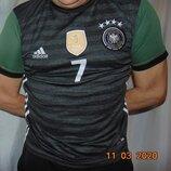 Спортивная фирменная футбольная футболка Adidas зб Германии .м .