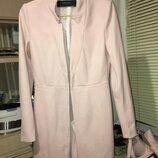 Нереально красивый стильный блейзер пальто нежно пудрового цвета фирмы zara испания