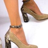 Туфли, натуральная замша и кожа рептилия, с ремешком, беж