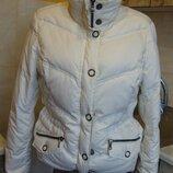 пуховик белый куртка Esprit Германия М/l 50%пух, 50%перо