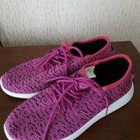 Фирменные кроссовки 41 р