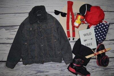 8 лет Обалденно крутая фирменная куртка бомбер под пиджак утепленная на меховушке