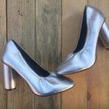 Туфельки серебро
