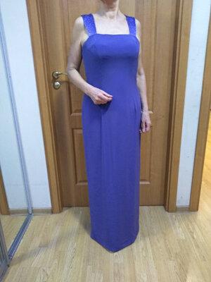 Стиное нарядное платье с красивой спинкой. Размер 14