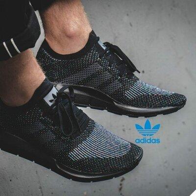 Брендові кросівки Adidas CG4127, Оригінал
